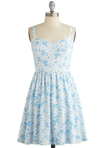 Clear as Daisies Dress - White, Floral, Casual, A-line, Sleeveless, Good, Sweetheart, Blue, Knit, Short