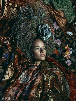 'A Time Remembered' Pusaka Maha Karya (Indonesian Batik Masterpieces) by Iwan Tirta & Headpiece, an art piece courtesy of Bruce Claypool on Vogue