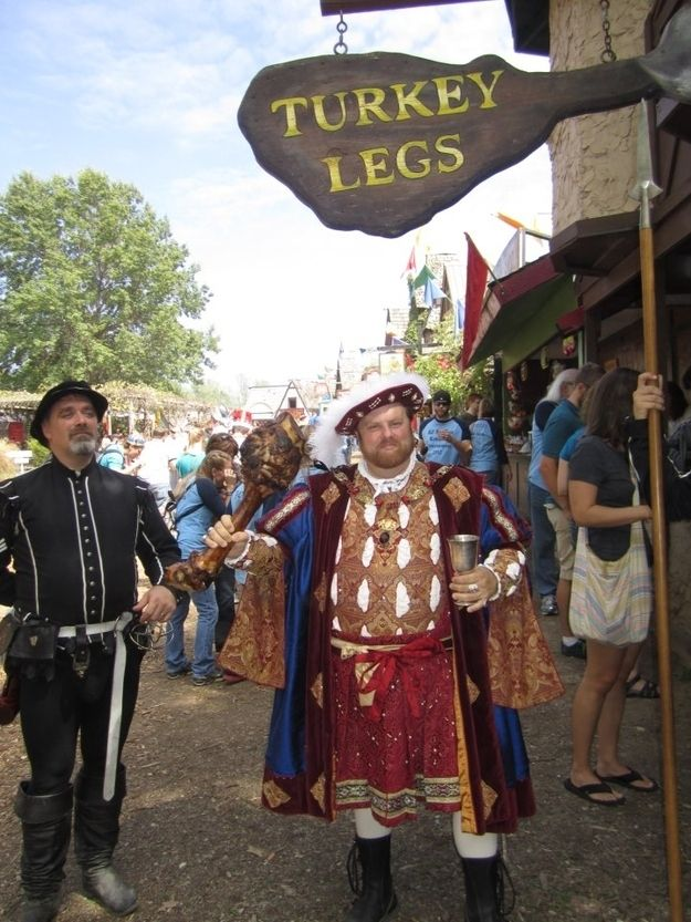 When you got hungry, you knew just the place. | Renaissance Festival every fall.....28 Signs You Grew Up In Kansas City