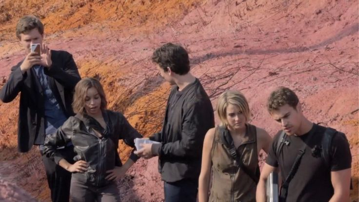 New Clip: Shailene Woodley & Theo James Open Up About Friendship On Allegiant Set