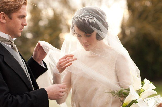 Accessories Get the Look: Lady Mary's Wedding Headpiece from Downton Abbey's Season 3 Premiere!