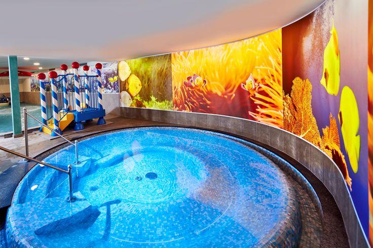 Whirlpool im Family-Spa im DolceVita Hotel Feldhof in Naturns