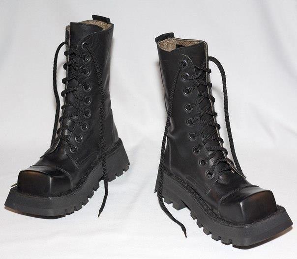Кастл рок в питере обувь