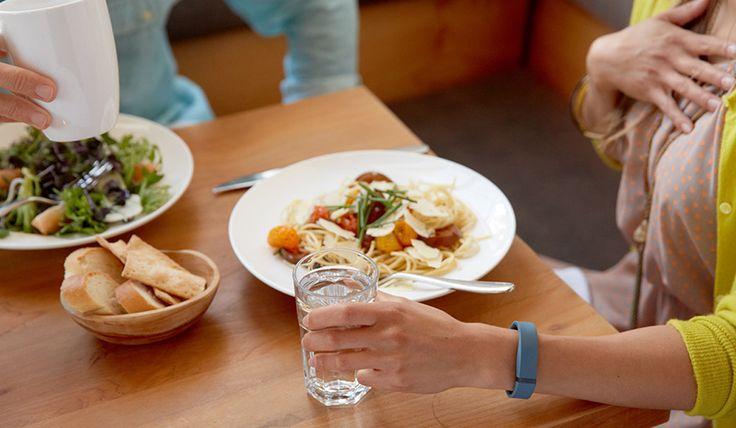 #yonos_dicas • Façam do fitness um estilo de vida… Saibam como em http://tecnologiay.com/ #yonos_tips #fitbit #fitness