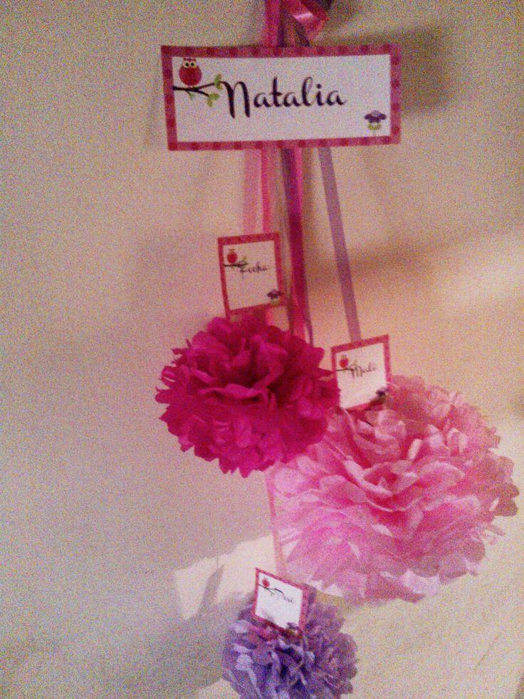 Hermosos Banners para la puerta de la maternidad! Dale la bienvenida a la familia recibiéndolos con este bello arreglo! https://www.facebook.com/pages/E-motivos/252007807173