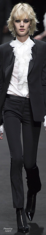 Versace Spring 2017 Menswear