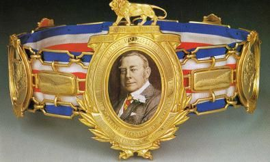 The Lonsdale belt is the most sought after title in britain (bbhof, 2012)
