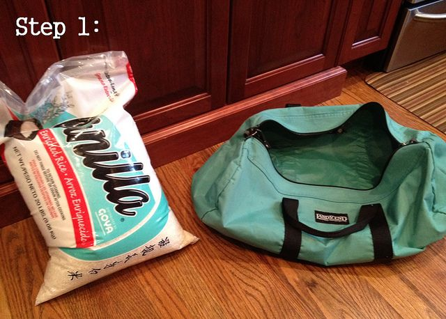 DIY Bodyrock sandbag  This is perfect! I've been looking for this.