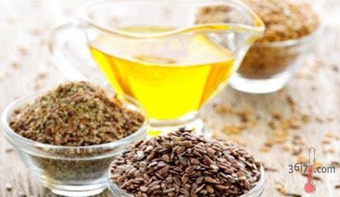ЛЬНЯНОЕ МАСЛО В КОСМЕТОЛОГИИ http://pyhtaru.blogspot.com/2017/01/blog-post_79.html  Льняное масло в косметологии!  Льняное масло в медицине и косметологии применяется достаточно активно. Оно помогает улучшить состояние кожи и волос, так как богато витаминами А, Е, F, минералами и незаменимыми жирными кислотами: олеиновой, линоленовой, линолевой – которые организм не вырабатывает самостоятельно.  Читайте еще: ================================== НАТУРАЛЬНЫЕ СРЕДСТВА ОТ КАШЛЯ…