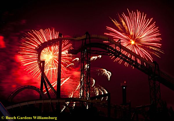 50 Nights of #Fireworks at #IllumiNights #blogGardens Fireworks, Gardens Mi Viajes, Gardensmi Viajes, Williamsburg Virginia, Busch Gardensmi, Fireworks Display, Beautiful Places, Busch Gardens Williamsburg, Busch Gardens Mi
