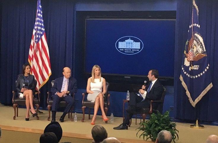 В Администрации президента США прокомментировали влияние Иванки Трамп на удары по Сирии http://kleinburd.ru/news/v-administracii-prezidenta-ssha-prokommentirovali-vliyanie-ivanki-tramp-na-udary-po-sirii/