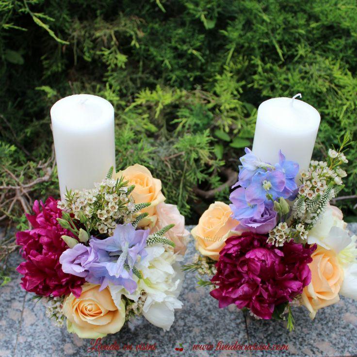 #lumanari #cununie #nunta #wedding #candles #tradition #flowers #madewithjoy #paulamoldovan #livadacuvisini #nunta #flori #cununie #lumanari #stalp #bujori #culori #peonies #peony #colors #veronica #roses #waxflower #shesaidyes #sayitwithflowers
