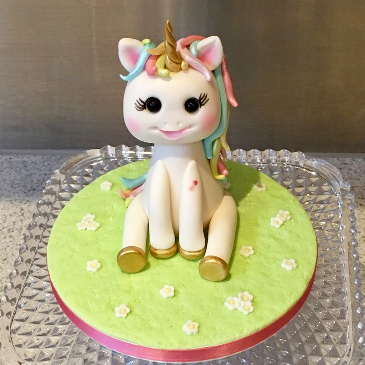 Sweet fondant Unicorn cake topper made to adorn a special girls birthday cake.