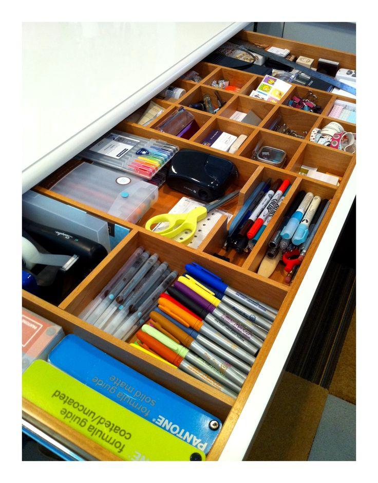 best 20 desk drawer organizers ideas on pinterest craft. Black Bedroom Furniture Sets. Home Design Ideas