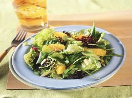 Orange-Vinaigrette Salad-This is a low calorie, No-Cholesterol, low sodium, low carbohydrates and WW 3 Points+ recipe, Makes 4 servings.