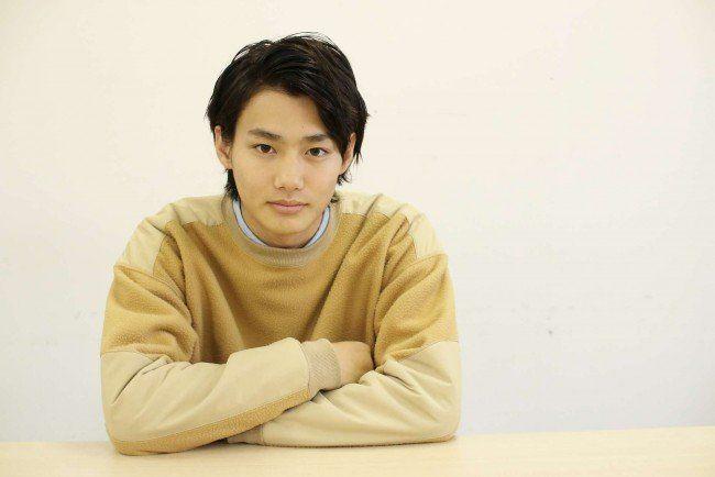 この記事の目次 1. 注目の若手俳優 野村周平の髪型をマネしたい! 2. 野村周平の髪型・ヘアスタイル参考画像…