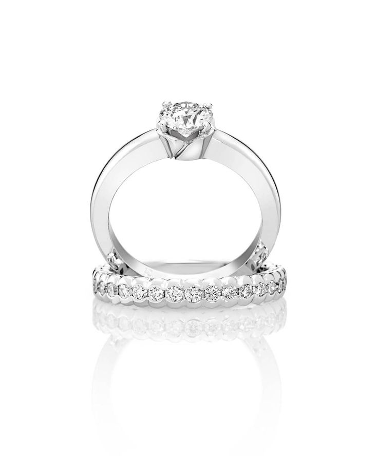 Jenna Clifford engagement ring and scallop wedding band in white gold [750]