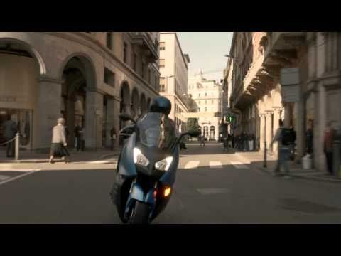 Spot (Commercial) BMW scooter. Moto.it