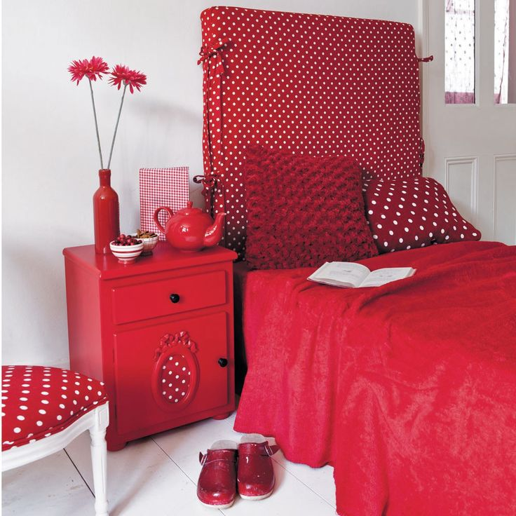 Red bedroom...love the polka dots, so cute. but the all the red is a bit too much!!