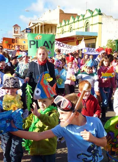 Street Procession as part of the Grenfell Henry Lawson Festival of Arts. Get your floats ready friends!