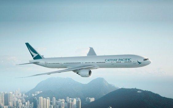 Festeggia con Cathay Pacific per i suoi 30 anni di voli!