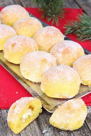 Saffron sugar buns with white chocolate filling (Saffranssockerbullar med vit choklad)