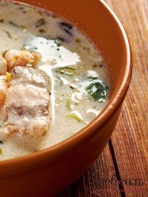 Картофельный крем-суп с палтусом