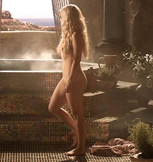Naked women games