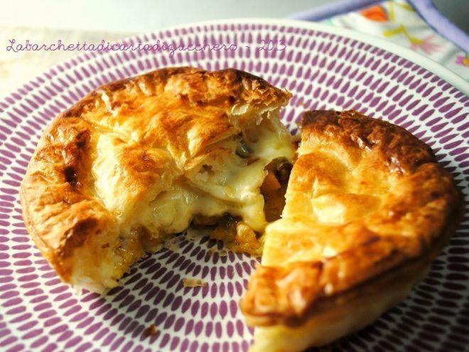 Piccole Pie zucca, taleggio e funghi