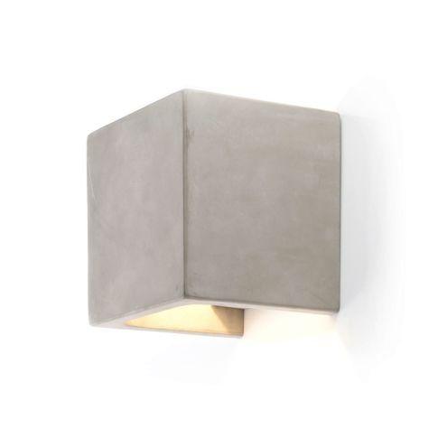 Beton-Wandleuchte Vorderansicht, Impressionen, 100 Euro
