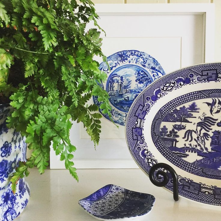 """235 Likes, 8 Comments - Michelle Grayson (@sproutgallery) on Instagram: """"Willow pattern. One of my favourites."""""""