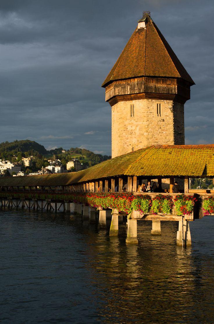 Kapellbrücke Luzern by Matthew Weinel on 500px