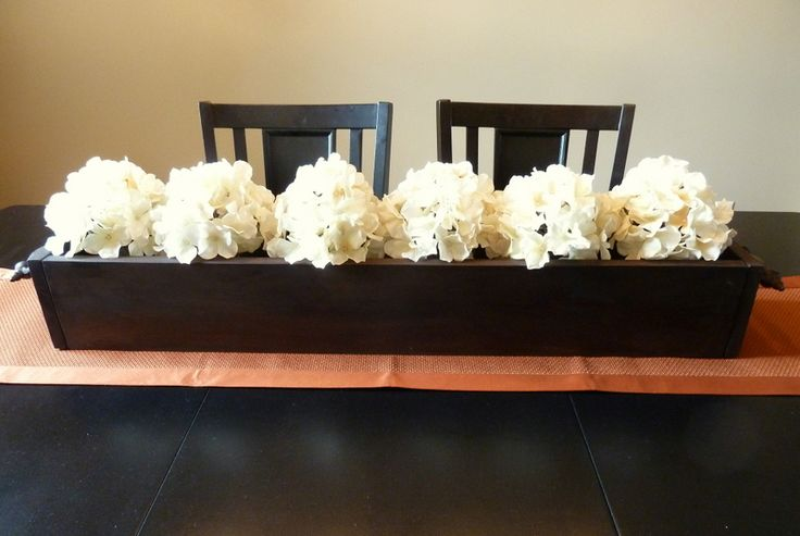 Best everyday centerpiece ideas on pinterest kitchen for Everyday table centerpieces