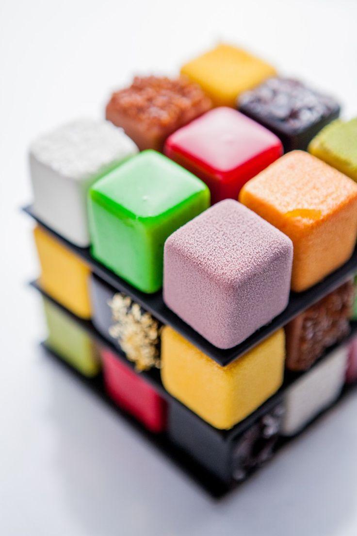 Alors ça c'est pour mon Augustin !!!! le Rubik's Cake de Cédric Grolet pour le Meurice