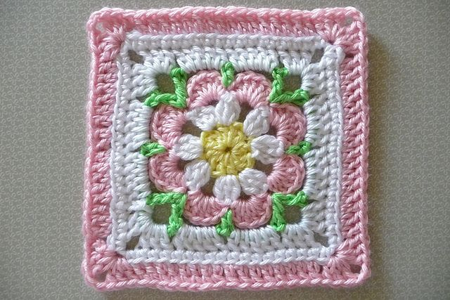 Buttercup11's ZZ E version of Smoothfox's Just Peachy Blossom 6x6 ~ free pattern