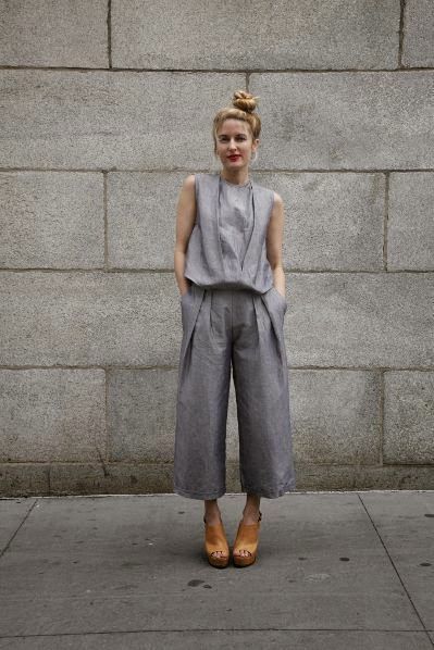 Love the simplicity of this outift // try with Flint pants
