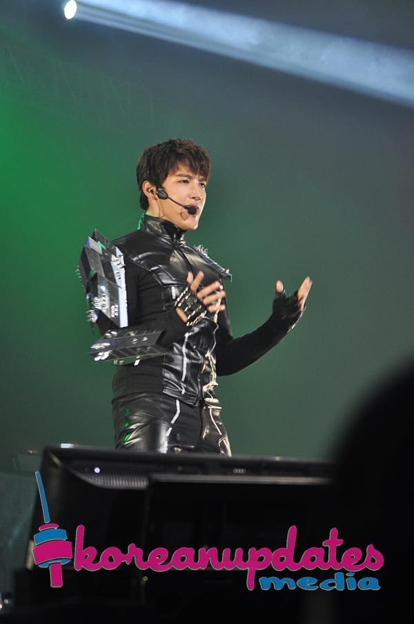 "[PRESS] #08122012 – 2012 2PM LIVE TOUR ""What Time Is It"", JAKARTA ©KU http://facebook.com/KoreanUpdatescom"
