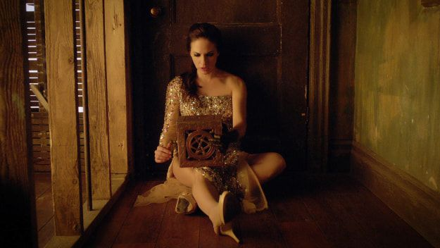 Lost Girl | 23 Totally Underrated Netflix Shows You Should Be Watching