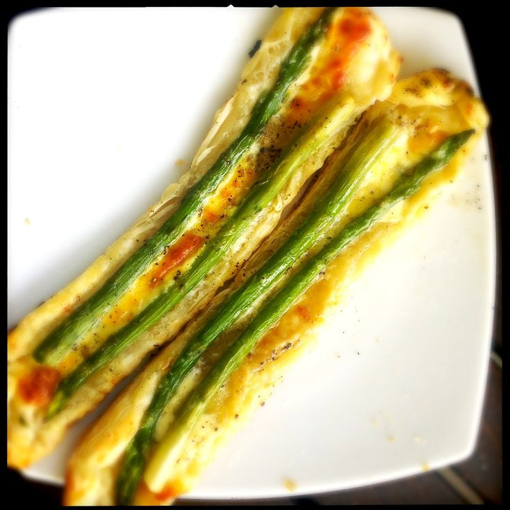 BBQ'd Asparagus in Pastry with Cream and Fresh Pecarino | A Life (Time) of Cooking | Vegetarian Recipes | Aparagus | BBQ