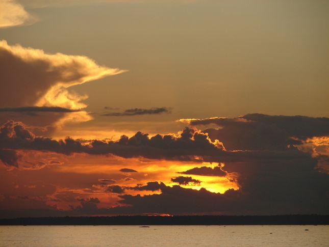 Река Амазонка - закат