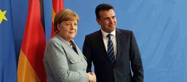 Εξευτελισμός της Ελλάδας από την Μέρκελ: Kαλωσορίζω τον Μακεδόνα πρωθυπουργό είπε στον Σκοπιανό! (φωτό βίντεο)