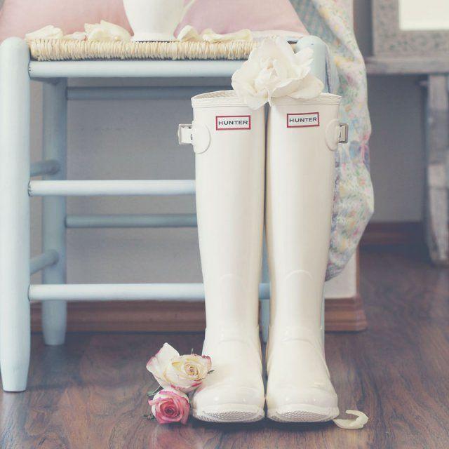 Des bottes en caoutchouc , mariage sous la pluie