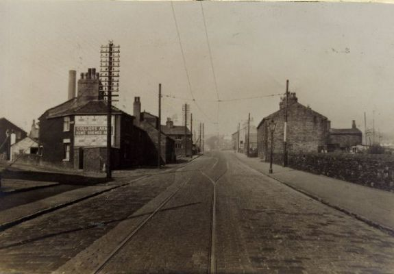 Chorley Old Road, Bolton, Colliers Arms on the left 1931