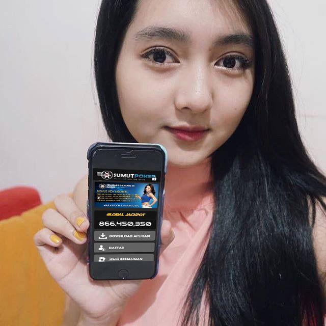 SumutPoker Agen Poker dan Domino QQ bisa dimainkan di Smartphone Android dan IOS. Kapanpun dan dimana saja Poker Online Live on Your Phone SumutPoker Selalu setia menemani Anda. Link Pendaftaran di https://www.sumutpoker.com