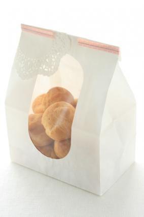 「プチシューのラッピング」お菓子教室SweetRibbonが提案する簡単かわいいお菓子ラッピング | お菓子・パンのレシピや作り方【corecle*コレクル】