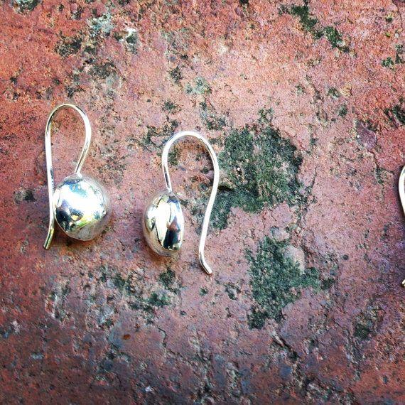 Sterling Silver Pebble Earrings by BabblingBee on Etsy