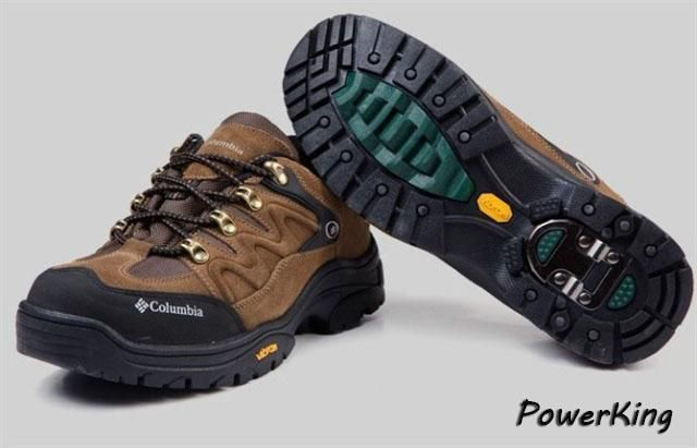 Мужские кроссовки с шипами металическими