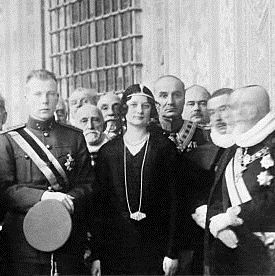 Tiaras at the Vatican  Queen Astrid of Belgium wore the Stockholm Tiara on a visit with Pope Pius XI in 1930.