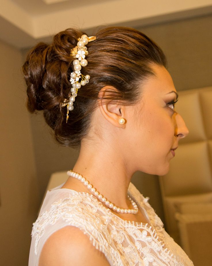 Acconciatura sposa capelli lunghi  Accessori capelli sposa handmade Gioielli capelli sposa  Www.redlipsmakeup.com