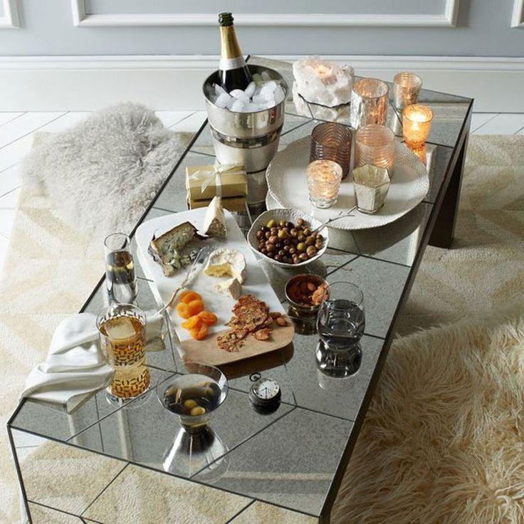 Tavolino da salotto con superficie a specchio